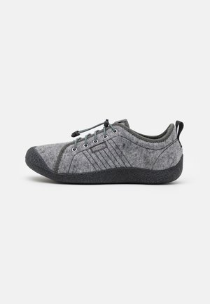 HOWSER LACE - Hiking shoes - grey/black