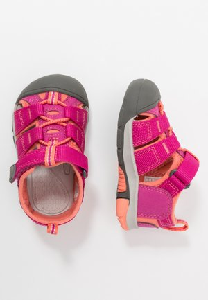 NEWPORT H2 - Walking sandals - very berry/fusion coral