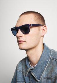 Polo Ralph Lauren - Sunglasses - top blue/red/white/navy - 1