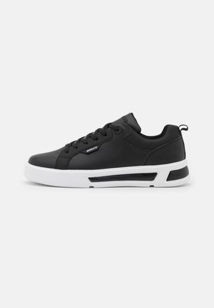 STAGE GRAIN TAIR FRAME INTO  - Sneakers laag - black