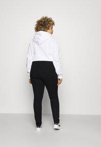 Tommy Hilfiger Curve - SCULPT PANT - Jeans Skinny Fit - black - 2