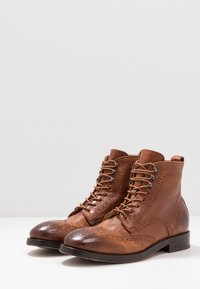 Hudson London - SHERWOOD - Lace-up ankle boots - tan - 2