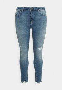 ONLY Carmakoma - CARTARA LIFE  - Jeans Skinny Fit - medium blue - 4