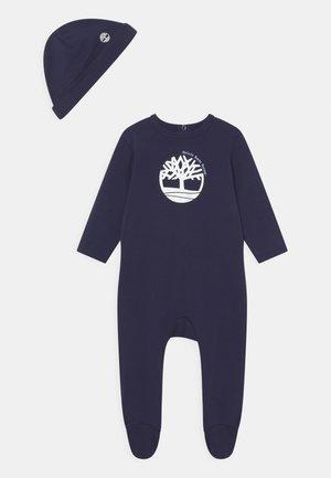 PULL ON HAT SET - Sleep suit - navy