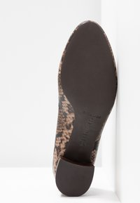 Unisa Wide Fit - LUNIS - Classic heels - mocca - 6