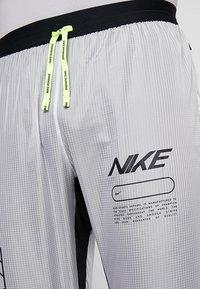Nike Performance - ELITE TRACK PANT AIR - Træningsbukser - black/white - 3