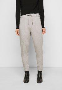 ONLY Petite - ONLPOPTRASH EASY COLOUR PANT - Trousers - light grey melange - 0