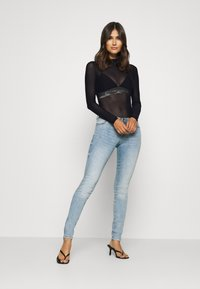 Guess - GABRIELLE - Long sleeved top - jet black - 1