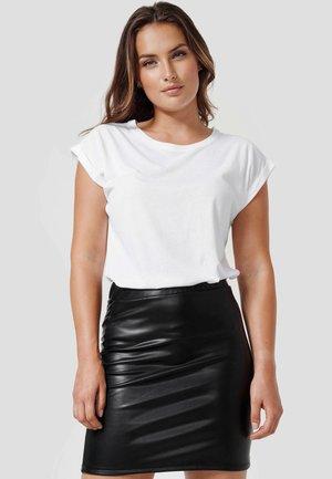 DENIZ - Basic T-shirt - white