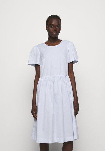 UMBRIA DRESS - Denní šaty - cream/blue