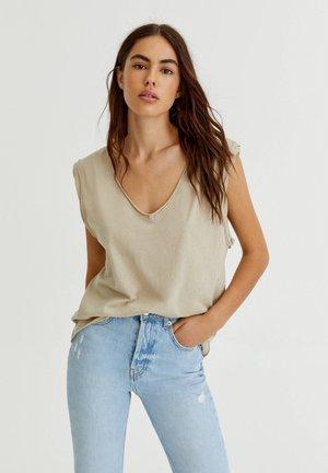 MIT V-AUSSCHNITT - Basic T-shirt - mottled beige