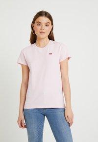 Levi's® - PERFECT TEE - T-shirt z nadrukiem - pink lady - 0