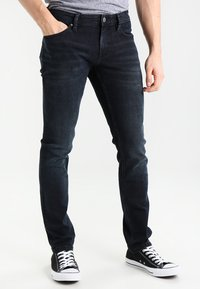 Tommy Jeans - SLIM SCANTON COBCO - Slim fit jeans - cobble black comfort - 0