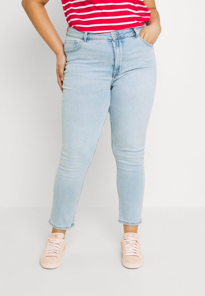 ONLY Carmakoma - CARRICA LIFE - Jeans Skinny Fit - light blue denim