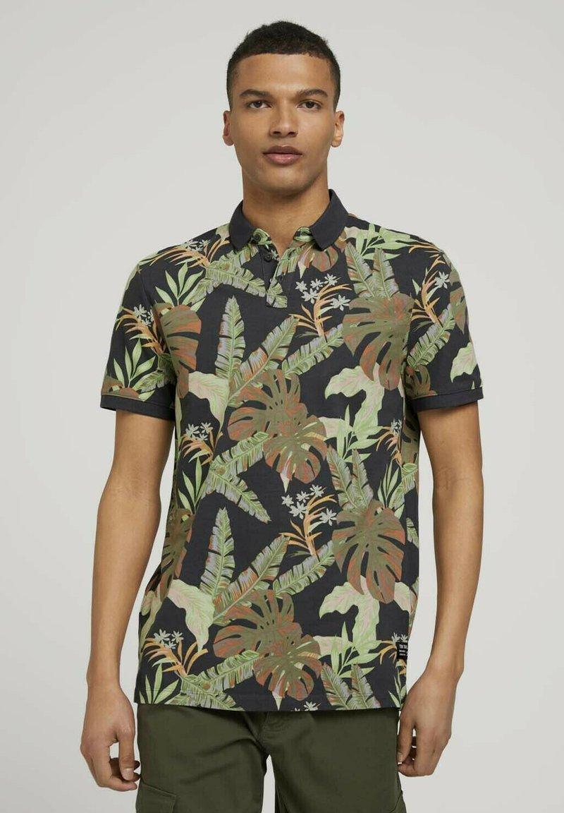 TOM TAILOR DENIM - Polo shirt - tropical monstera leaf print