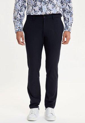 DEFACTO MAN INDIGO - Spodnie materiałowe - indigo