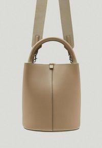 Massimo Dutti - Across body bag - beige - 3