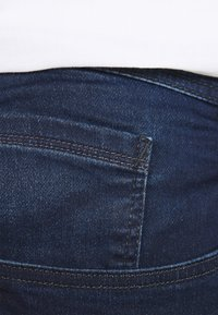 Blend - TWISTER FIT - Straight leg jeans - denim dark blue - 4