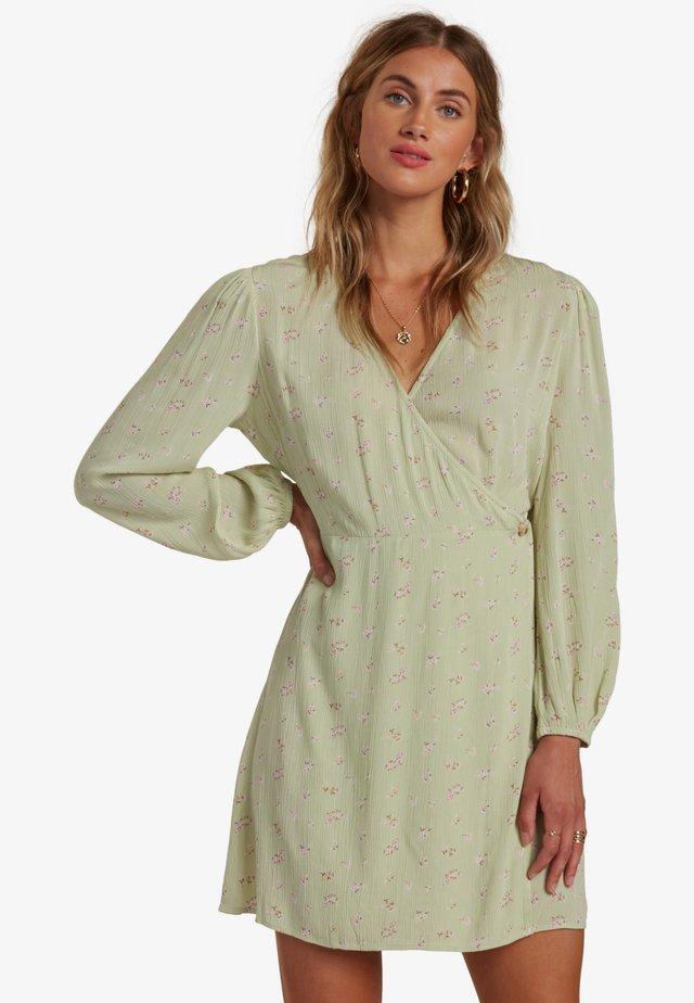 Korte jurk - celedon green