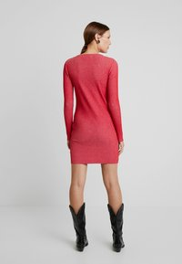 Calvin Klein Jeans - LONG SLEEVE DRESS - Pouzdrové šaty - racing red - 2