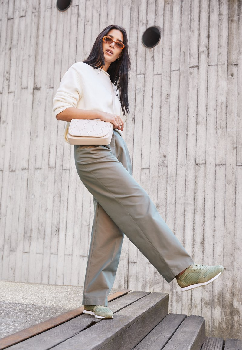 Woden - YDUN - Trainers - dusty olive