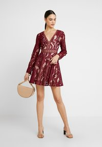 Love Triangle - TEMPESTUOUS DRESS - Cocktail dress / Party dress - berry - 2