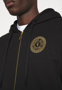 Versace Jeans Couture - Zip-up hoodie - black - 5