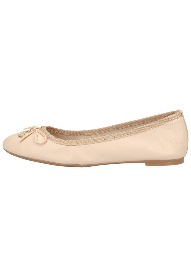 BALLERINAS - Ballerina's - huid/peau 470