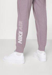 Nike Sportswear - AIR PANT - Tracksuit bottoms - purple smoke/white - 3