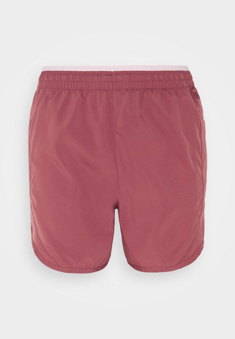 Nike Performance - TEMPO LUXE SHORT  - Short de sport - canyon rust/pink glaze