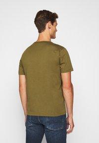 Belstaff - Print T-shirt - salvia - 2
