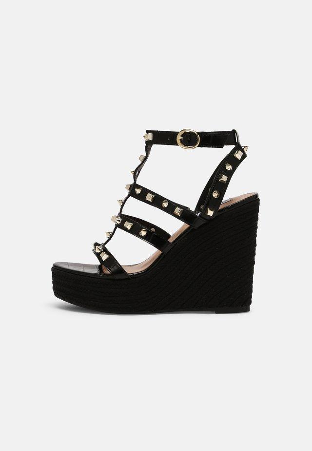 SALLINA - Sandalen met plateauzool - black