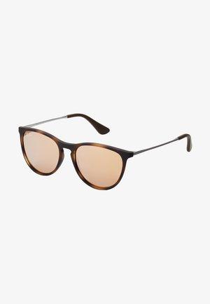 JUNIOR ERIKA - Sluneční brýle - brown