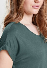 ONLY - ONLMOSTER O-NECK TOP - T-shirts - balsam green - 3