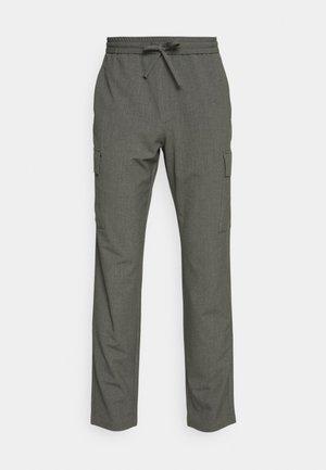 PANTS PATCH THIGH POCKET - Pantalones - grey mix