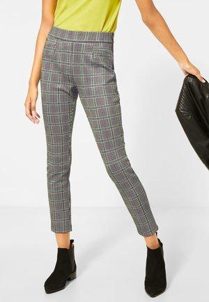 MIT KARO - Trousers - weiß