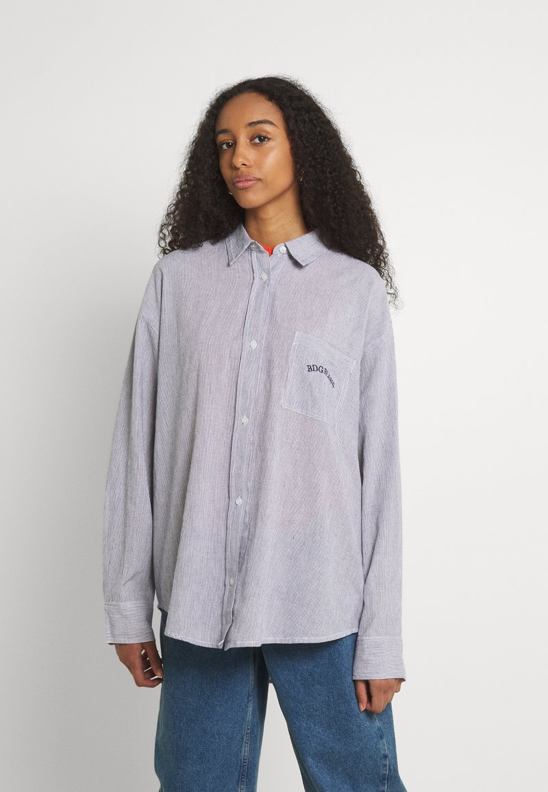 BDG Urban Outfitters - TULLY OVERSIZED STRIPED  - Button-down blouse - grey