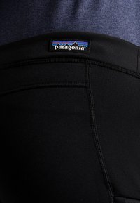 Patagonia - CROSSTREK BOTTOMS - Friluftsbyxor - black - 5