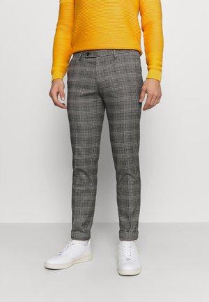 BRAVO TROUSER - Trousers - brown/grey