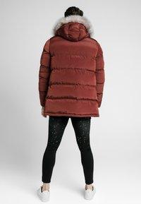 SIKSILK - STOP PUFF - Zimní kabát - red - 2