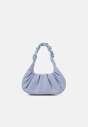 REMY ROUCHED BAGUETTE BAG - Käsilaukku - blue