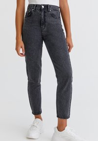 PULL&BEAR - Jeans Relaxed Fit - light grey - 0