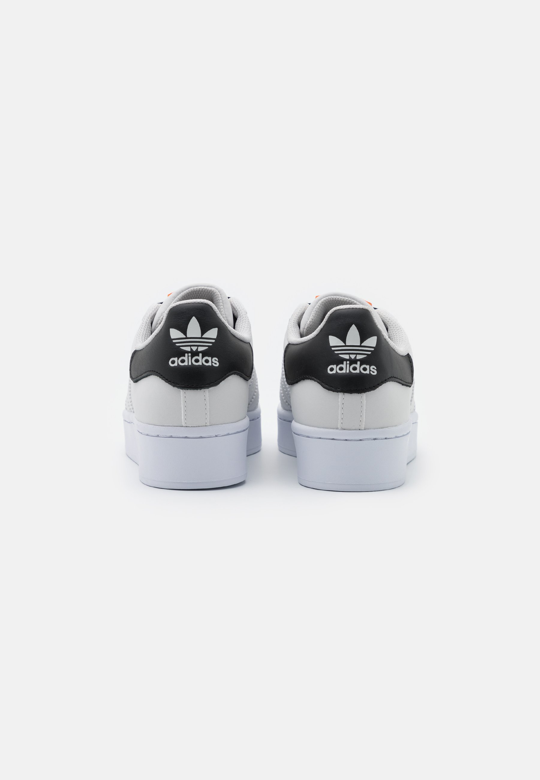 adidas Originals SUPERSTAR SPORTS INSPIRED SHOES Sneaker low grey one footwear white core black/grau