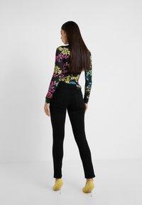 Versace Jeans Couture - Skinny džíny - black - 2