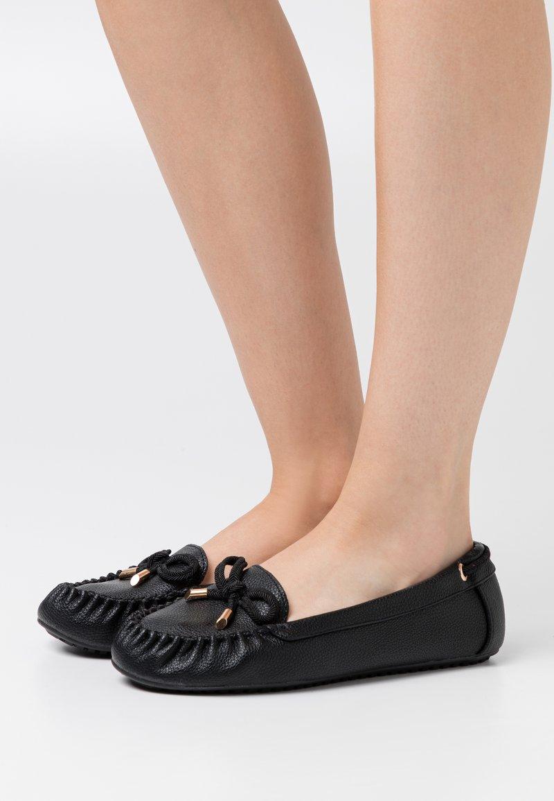 Dorothy Perkins Wide Fit - LEVI DRIVER SHOE - Ballerinasko - black