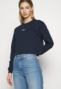 Tommy Jeans - BADGE LONGSLEEVE - T-shirt à manches longues - twilight navy - 3