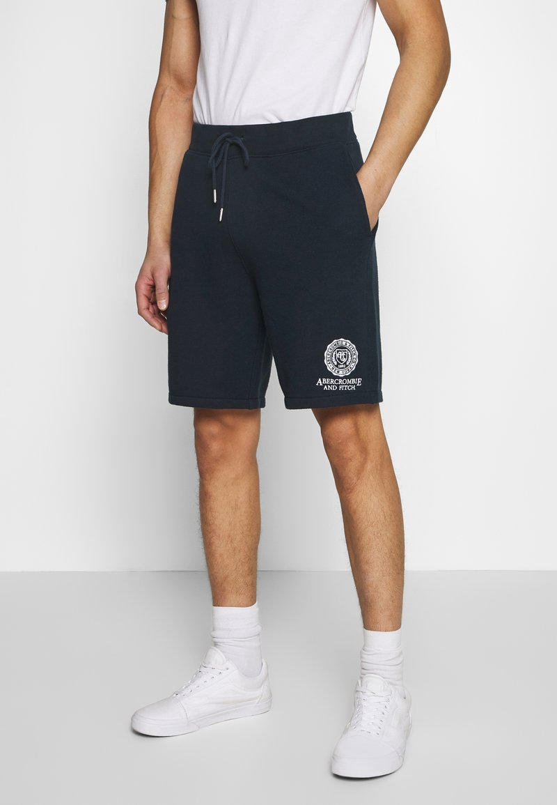 Abercrombie & Fitch - CREST TECH LOGO SHORT - Shorts - navy