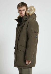 PULL&BEAR - Winter coat - khaki - 0