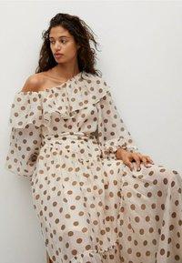 Mango - Denní šaty - ecru - 5