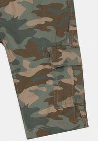 OVS - CAMO - Shorts - multicolour - 2